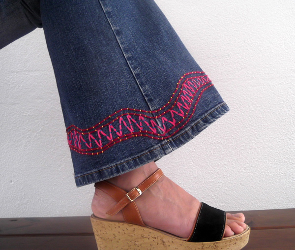 jeans decoration, jeans recycle, upcycle, embroidery, stitching, threads, jeans, blue jeans