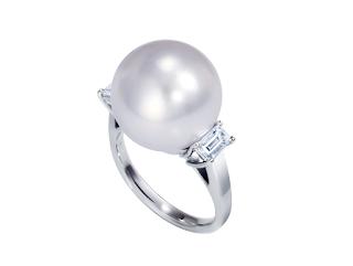 リフォームされた南洋真珠のリングの写真