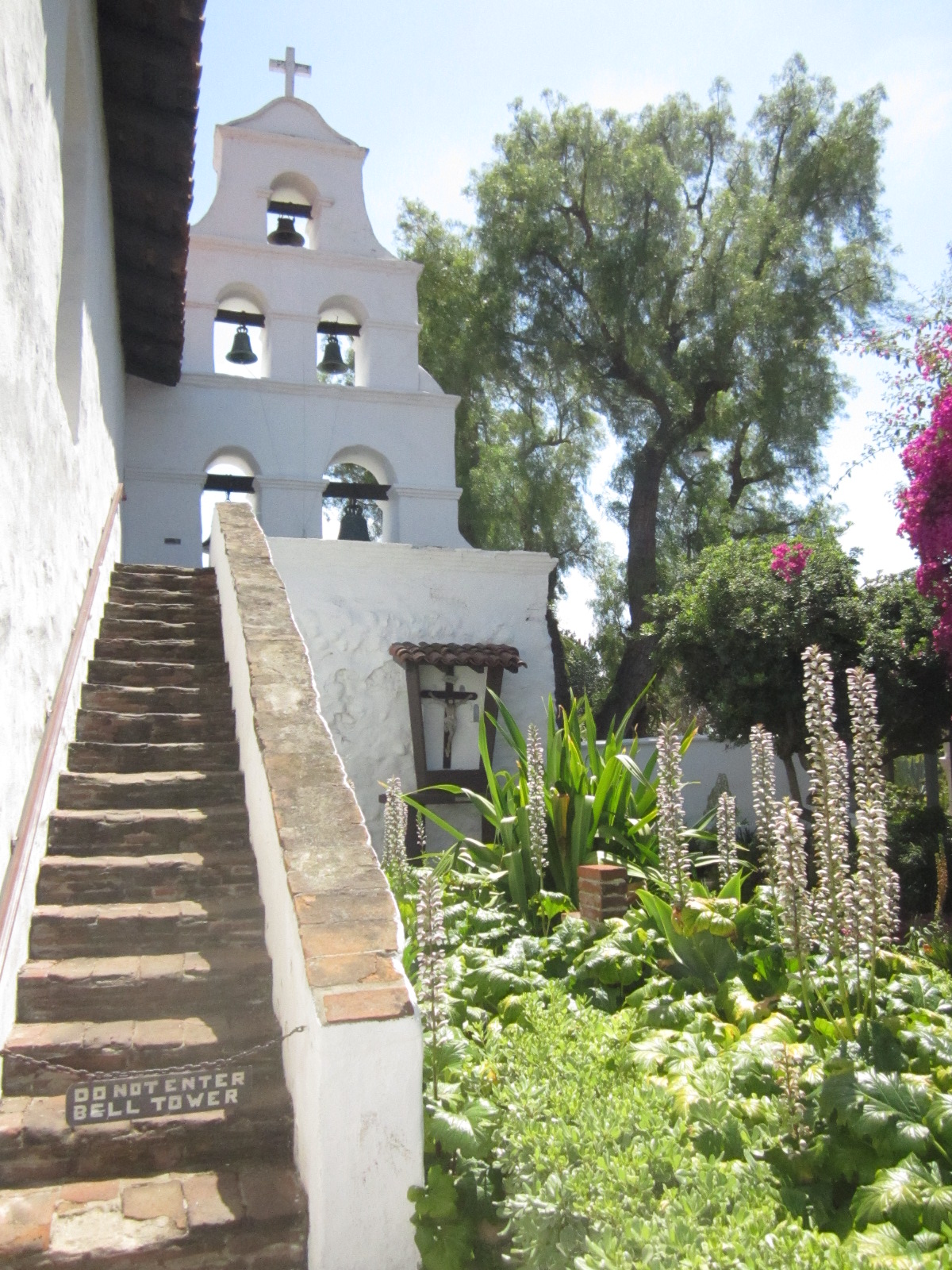 Ciao Newport Beach The Mission Sango De Alcala Gardens