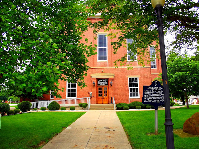 Ripley County Court House - Versailles, IN