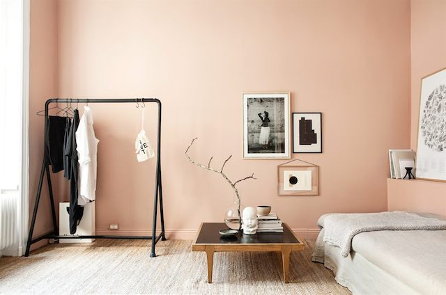 Fab pink grey accents in a small stockholm pad my - Peinture murale couleur sable ...