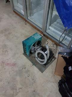 perbaikan evaporator bocor pada kulkas