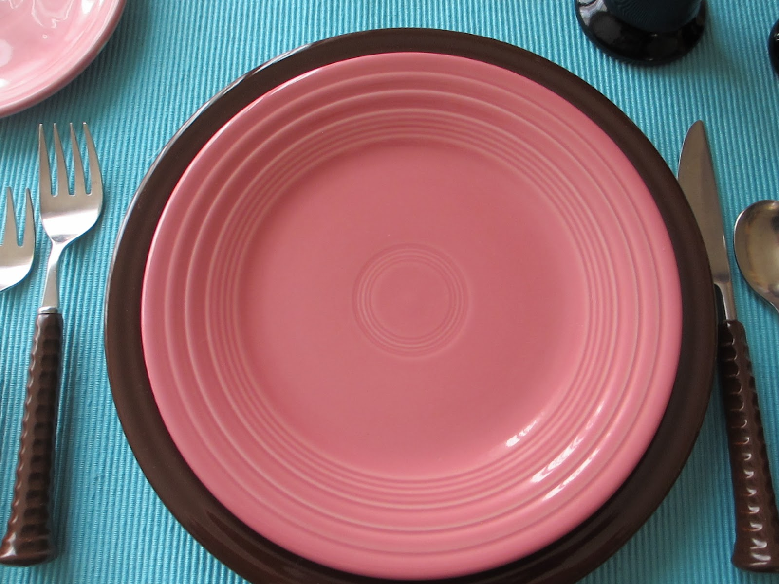 Stacked Fiesta colors are Chocolate Bread/Butter plate Turquoise Salad Plate Rose Luncheon Plate and Chocolate dinner plate used as a charger. & Table for One: Fiestaware Table for One