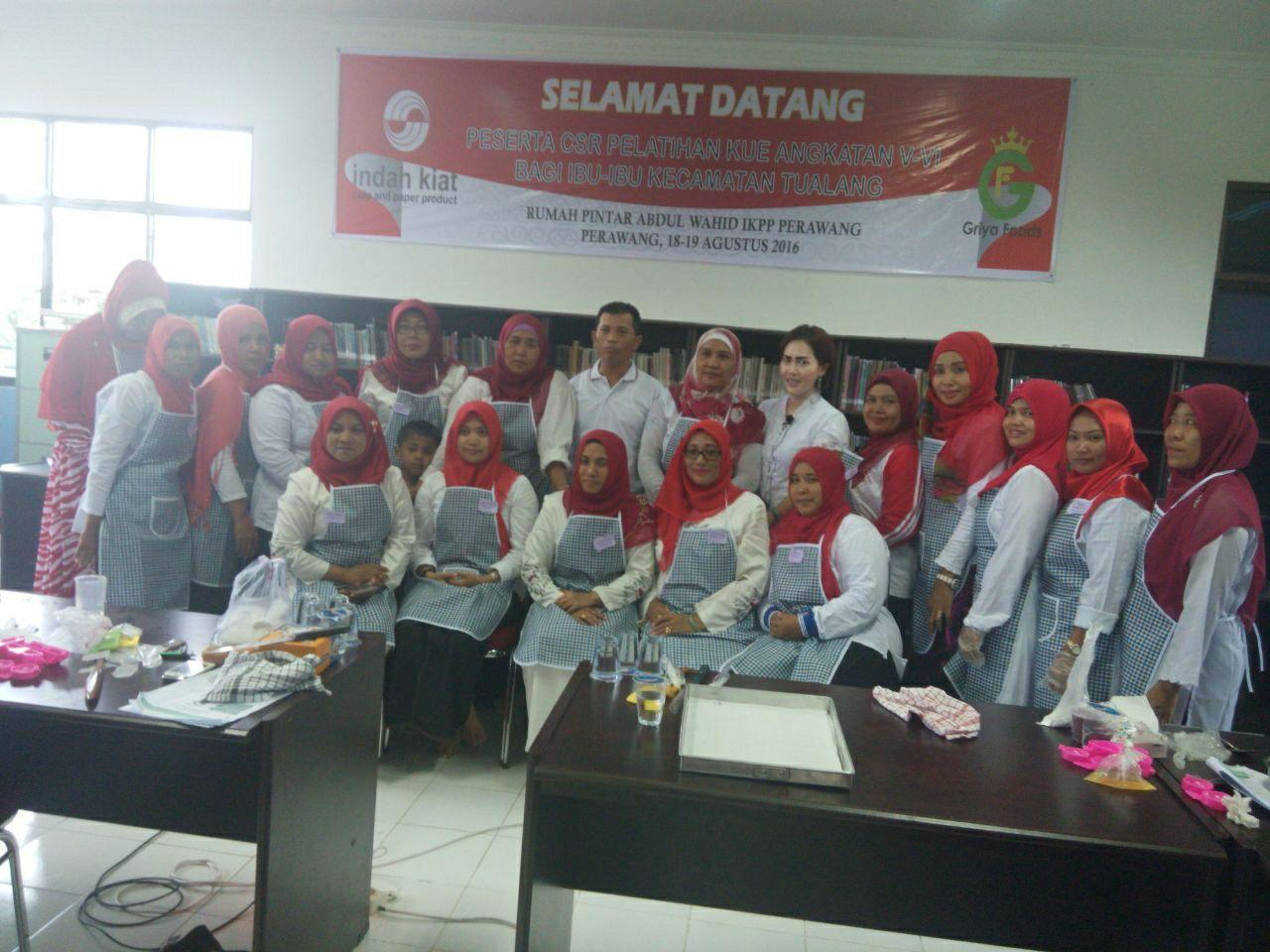 Griya Foods Pelatihan Kue Di Acara Csr Pt Indah Kiat Pulp