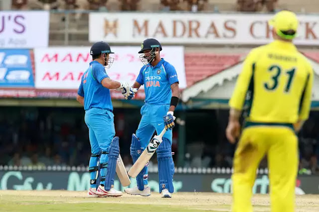 pandya-dhoni-100-partnership