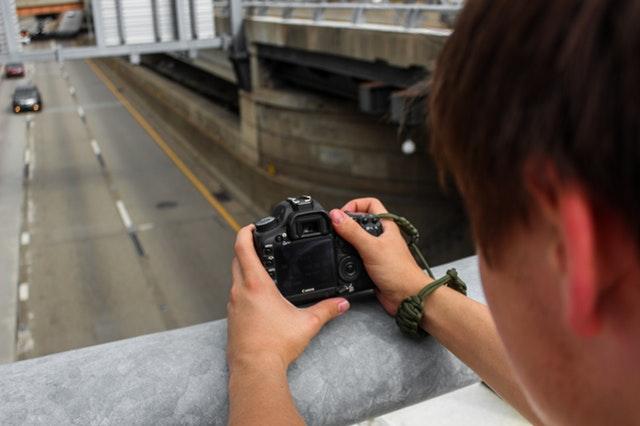 Belajar Menangkap Moment di Jalanan - Street Photography
