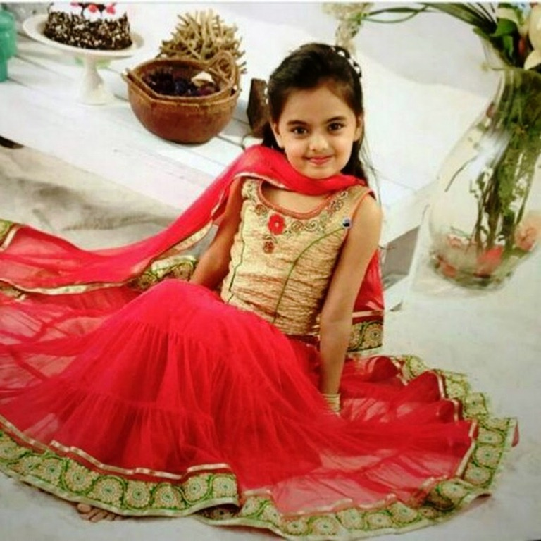 Foto Ruhanika Dhawan_Pemeran Ruhi Raman Bhalla_Serial Mohabbatein ANTV_Cantik Imut Cerdas_dua puluh