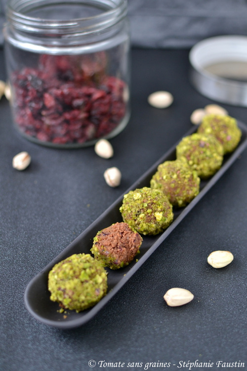 okara balls pistache-cranberry
