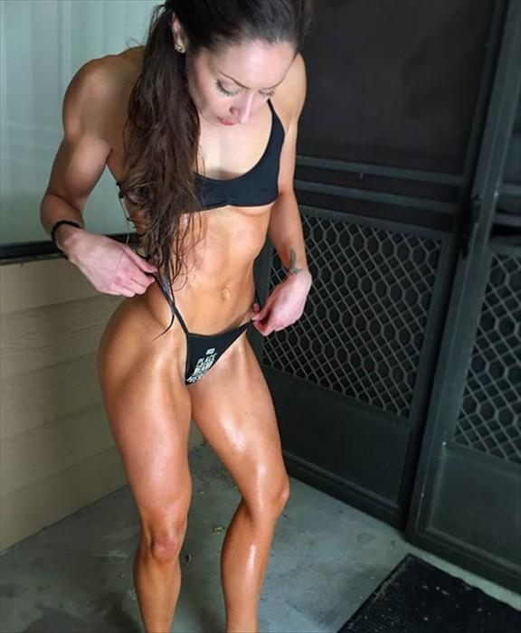 Fitness Model Stephanie Marie Instagram photos