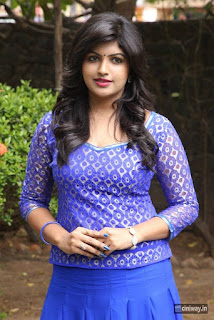 Actress-Naina-Sarwar-Stills-at-Adra-Machan-Visilu-Movie-Pressmeet