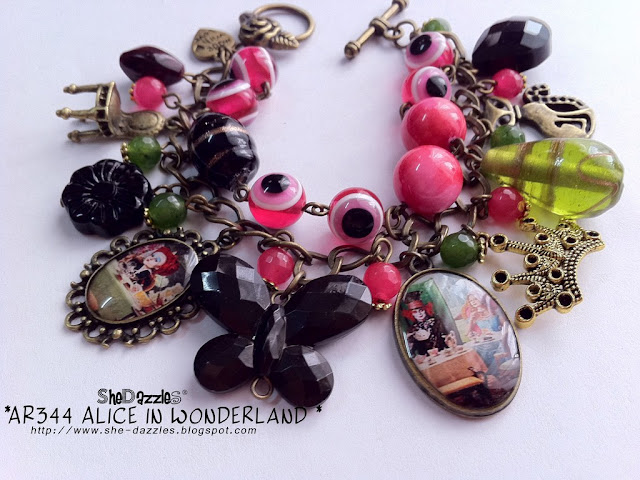 alice-in-wonderland-charm-bracelet