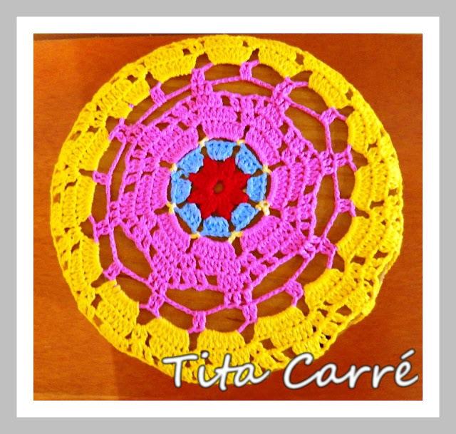 Capa de banco floral em crochet