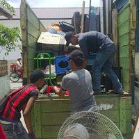 Jasa sewa truk pindahan di Medan.