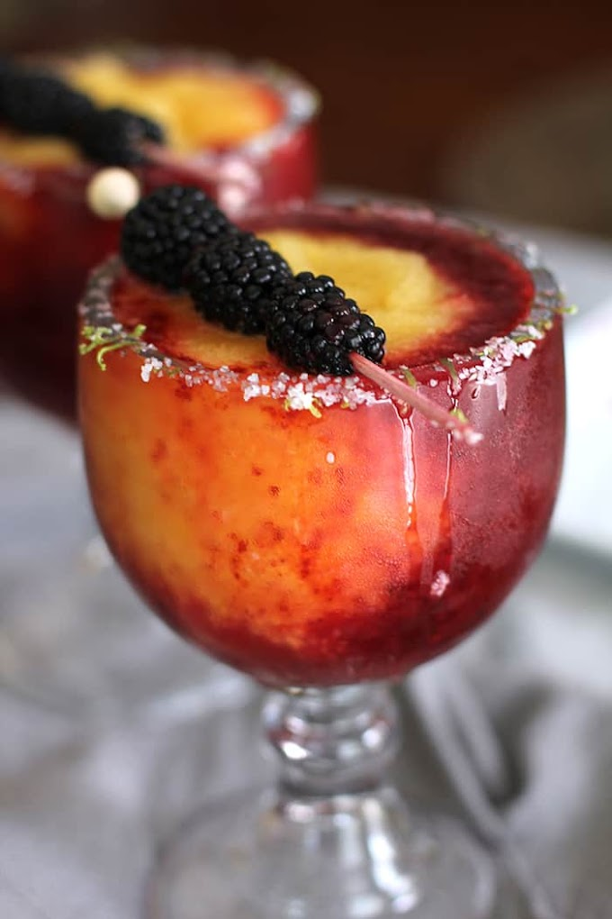 Blackberry Peach Frozen Margaritas  #drinkrecipes #summerdrinkandparty