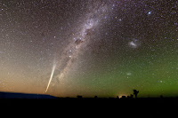 Comet Lovejoy (C/2011 W3) and the Milky Way Galaxy over Queensland