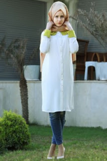 Mix And Match Baju Warna Putih Dan Hijab