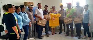 Agendes de Endemias de Baraúna recebem Kits para auxiliar no Combate ao mosquito Aedes Aegypti