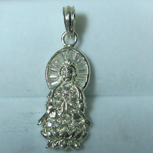 www.trangsuc.top - Mặt dây chuyền hình Phật Quan Âm M006  - Giá: 215,000 VNĐ - Liên hệ mua hàng: 0906846366(Mr.Giang)