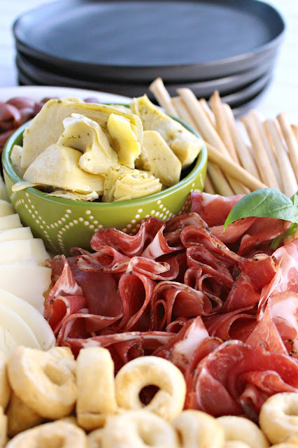 How to Create an Antipasto Platter from LoveandConfections.com #BrunchWeek