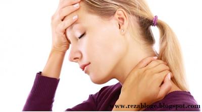 Sakit kepala dan leher sakit adalah suata kejadian yang sangat tidak nyaman