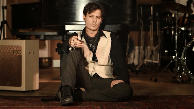 Johnny Deep grava teaser da música Queenie Eyes de Paul McCartney