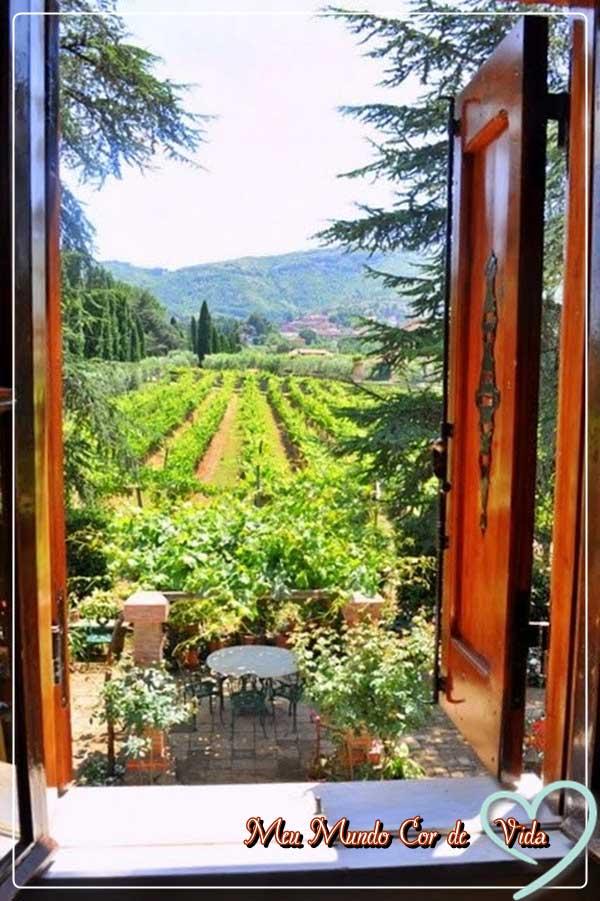 paisagem na janela da Toscana