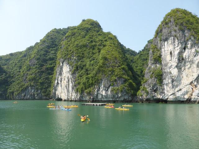 Kayak en la Bahía de Lan Ha
