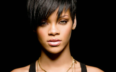 Biodata dan Daftar Album Rihanna Terbaru