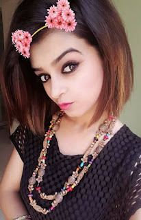 Aash Chughtai pakistan first female rapper ,Aash Chughtai  latest images,Aash Chughtai biography,Aash Chughtai songs,Aash Chughtai pics.
