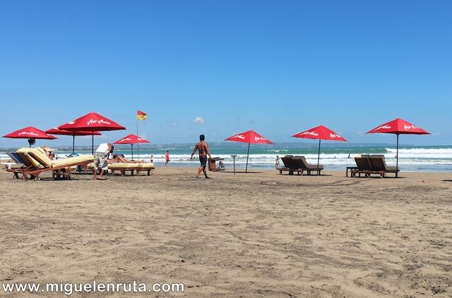 Legian-Beach-Bali-relax