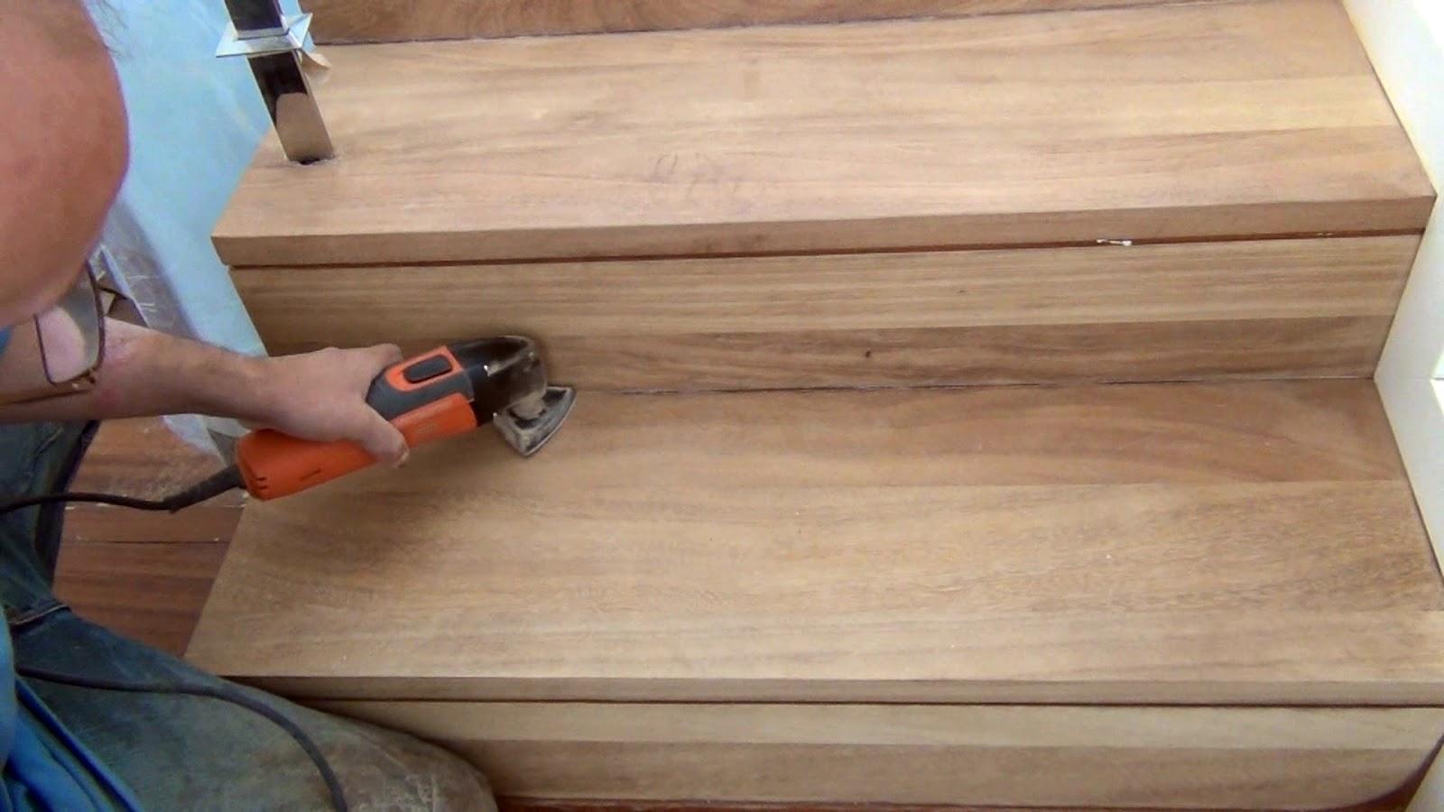 Acuchillar o restaurar una escalera de madera for Como hacer una escalera con descanso