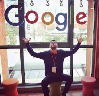 Javier topomagico en las oficinas de google