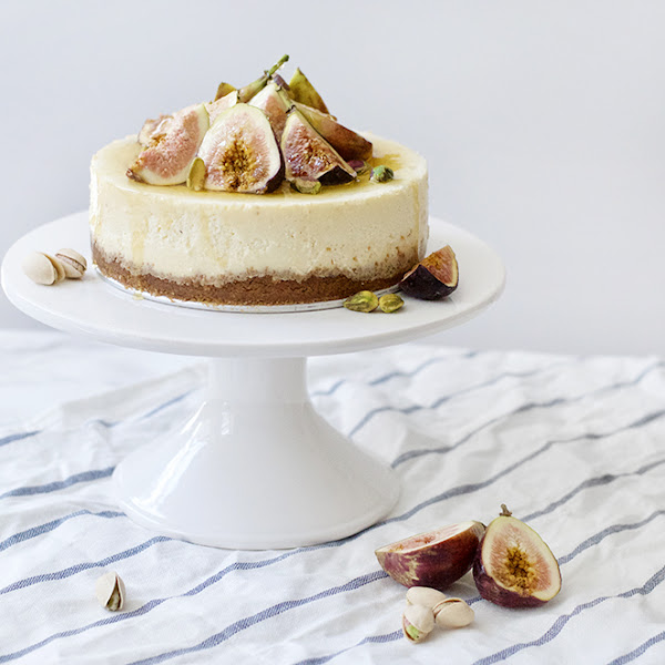 Italian Ricotta Cheesecake with Figs and Honey + wearFIGS Giveaway!