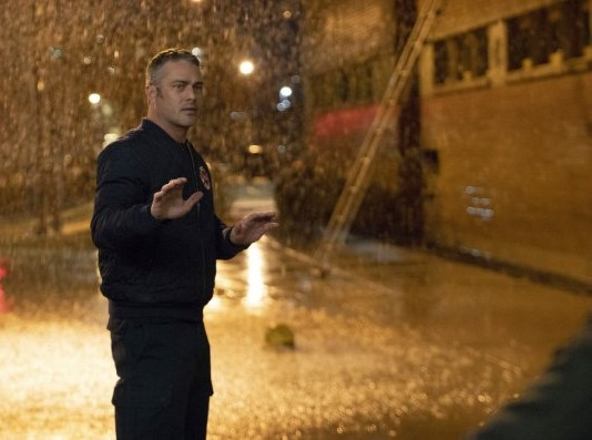 "NUP 186465 0153 595 Spoiler%2BTV%2BTransparent - Chicago Fire (S07E19) ""Until The Weather Breaks"" Episode Preview"