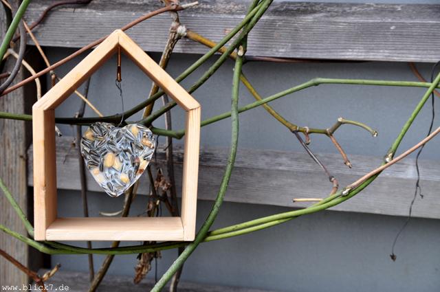 vogelh uschen mit meisenkn del diy blick7. Black Bedroom Furniture Sets. Home Design Ideas