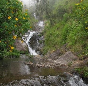 Tempat wisata Air Terjun Gumandar Pasuruan jawa timur