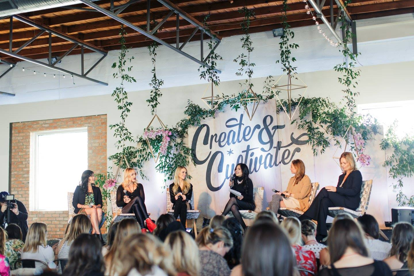 Create and Cultivate conference, best blogger conference, top blogger conferences, motivating conference for business owners, create + cultivate, C+C, create & cultivate, inspirational creative conference, pretty in the pines blog