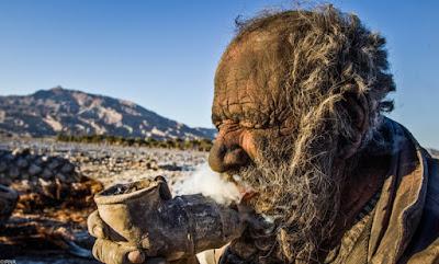 Nije se kupao 60 godina, pogledajte urnebesnog starca.