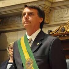 Bolsonaro é o novo presidente do Brasil.
