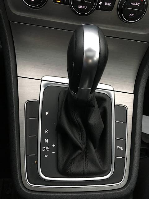 VW Golf 1.6 MSI AT Flex 2016: vale a pena comprar? - informações e fotos