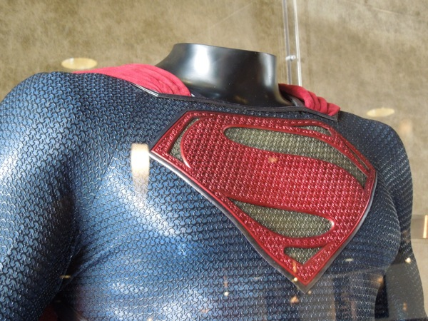 Superman chest symbol Man of Steel