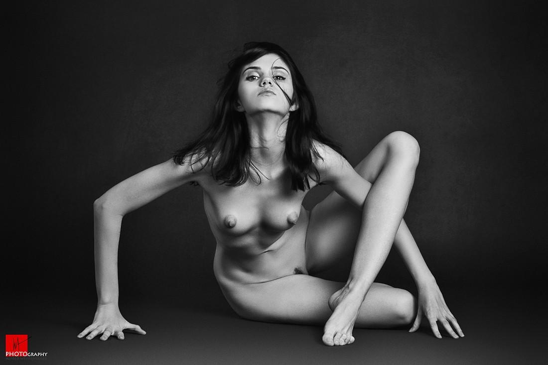Hypnotic induction femdom