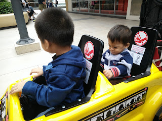 Car Trolley di Genting Premium outlet