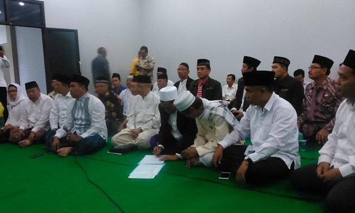 Gus Sholah & Para Kyai di Jombang Berkumpul Dukung Keputusan MUI