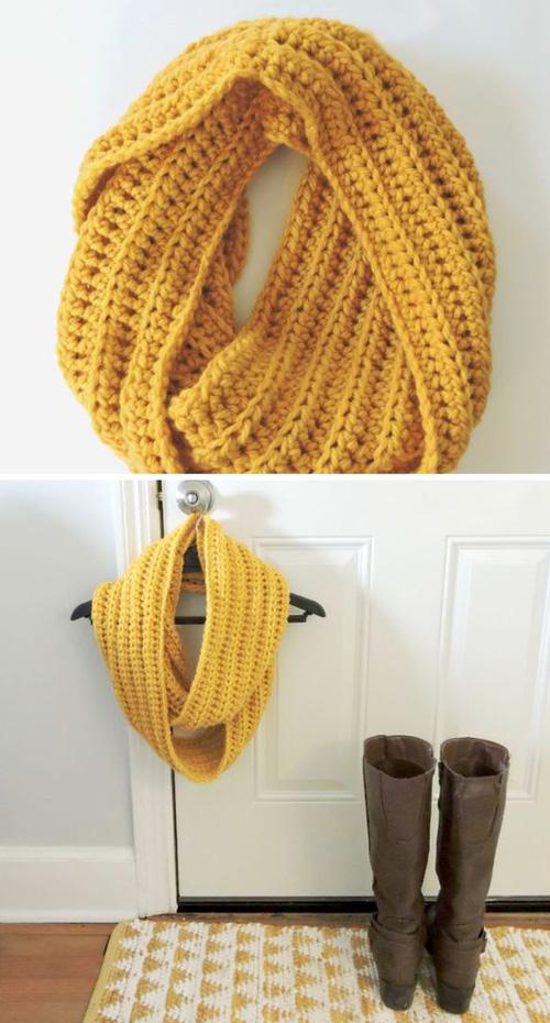 Chunky Crochet Cowl - Free Pattern