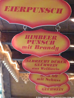 Getränke Weihnachtsmarkt Hamburg Rathaus Rathausmarkt