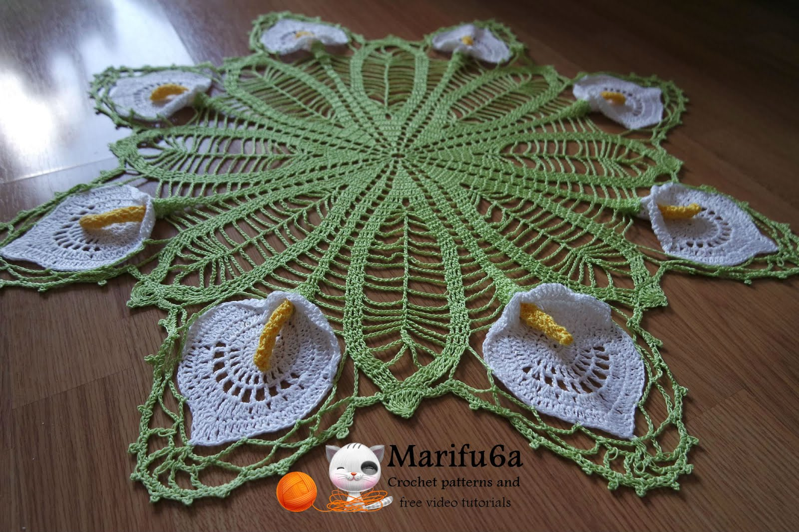 Crochet doily with Calla Lily pattern
