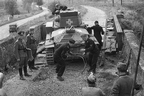 18 June 1940 worldwartwo.filminspector.com Erwin Rommel