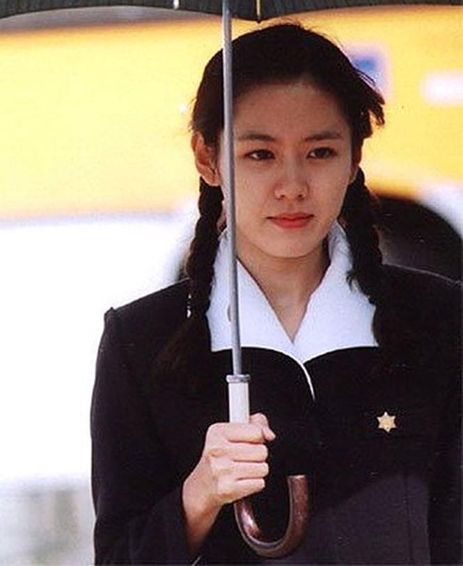 Ngắm 'quốc bảo nhan sắc' xứ Hàn của sao 'Chị đẹp mua cơm ngon cho tôi' - ảnh 3