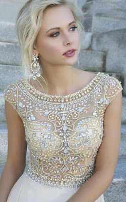 2016 prom dresses collection at Aisle Style